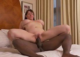 Porno do tia tanaka com coroa peituda dando pra negão