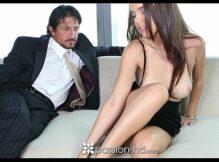 Buceta mulher gostosa sendo rasgada daquele jeito